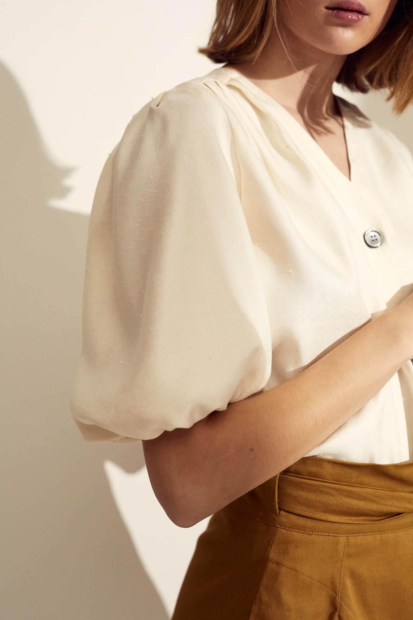 Closeup hvid trøje | SS21