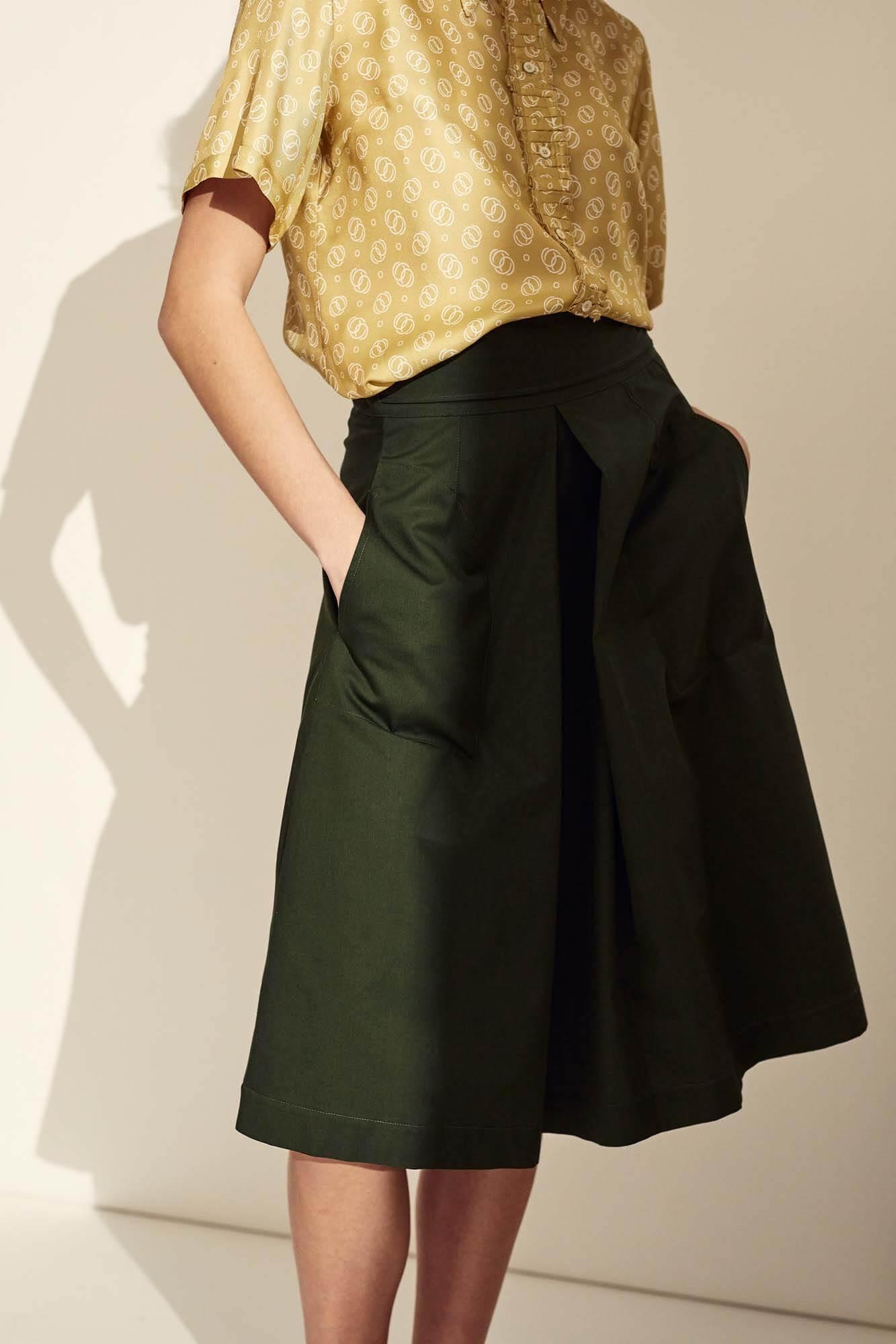 Closeup grøn nederdel | SS21
